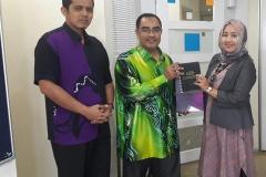 Sambutan-Awal-untuk-kolaborasi-dengan-IPPT-Bertam-USM-bersama-Directur-Prof-Dr-Syed-Azhar-Syed-Sulaiman